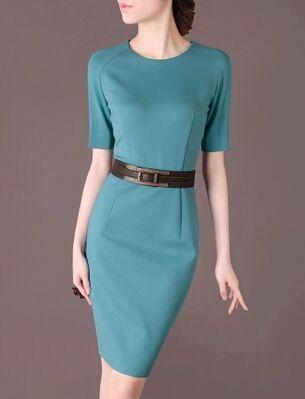 圆领连衣裙